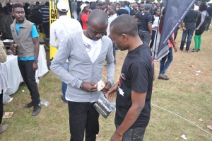Money also exchanged hands at the #Chebarbar7s.